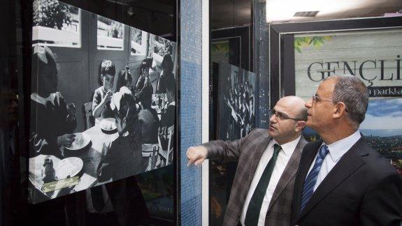 """MEB YEĞİTEK'in hazırladığı """"Öğretmenim"""" fotoğraf sergisi, Kızılay Metro Sanat Galerisi'nde"""