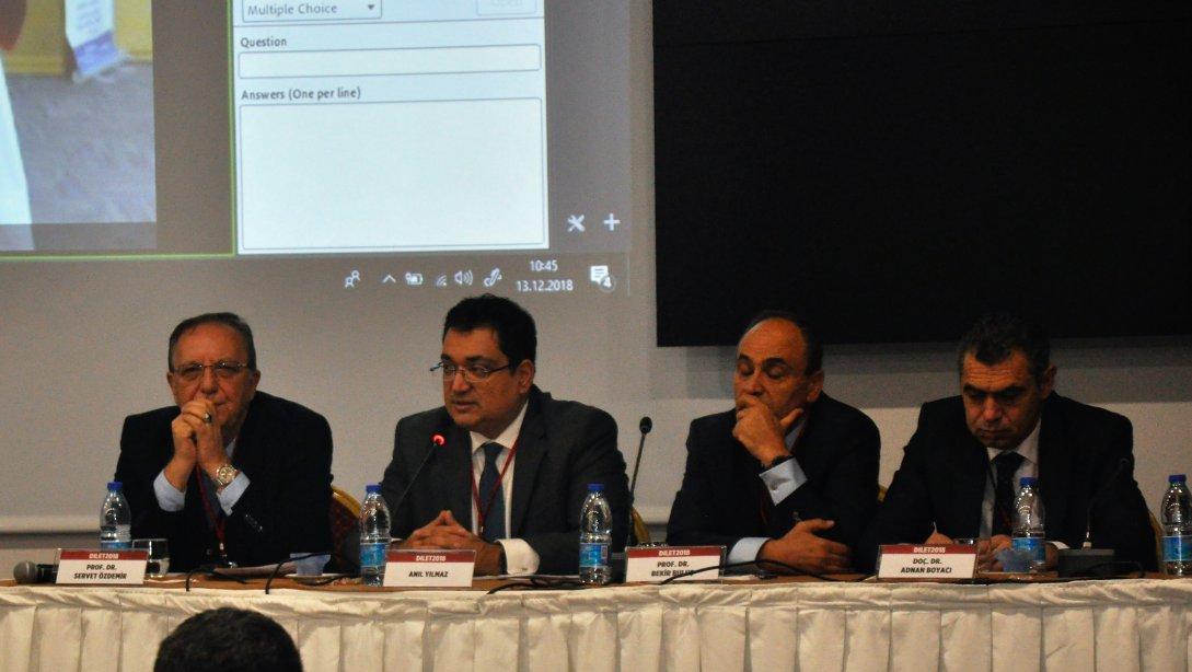 YEĞİTEK Genel Müdürü Anıl Yılmaz Uluslararası Uzaktan Öğrenme ve Yenilikçi Eğitim Teknolojileri Konferansında konuştu
